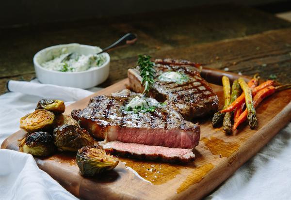 Classic Rib-Eye Steak